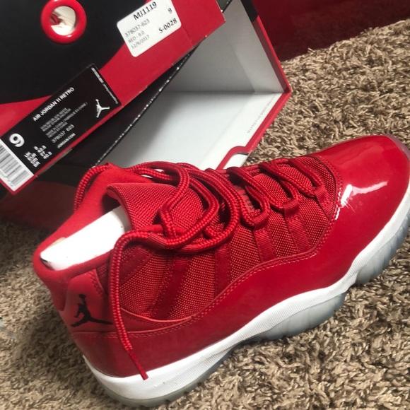 Air Jordan 1 Retro Cherry Red And White